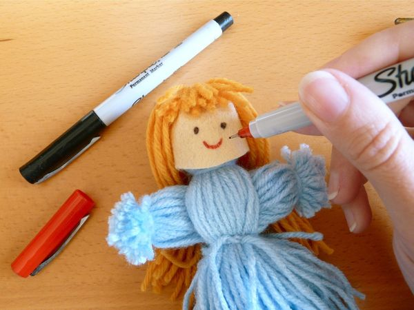 Что и как можно сделать для кукол своими руками